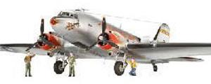 Revell C-47 Skytrain ´´Berliner Luftbrücke´´ (0...