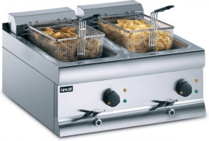 Image of Lincat Silverlink 600 Electric Counter Top Fryer (DF618)