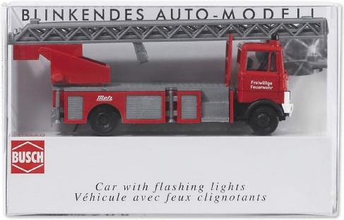 Busch Model Feuerwehr-Leiterwagen Mercedes-Benz...