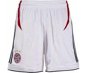Adidas FC Bayern Shorts a € 16 c0234a44302a