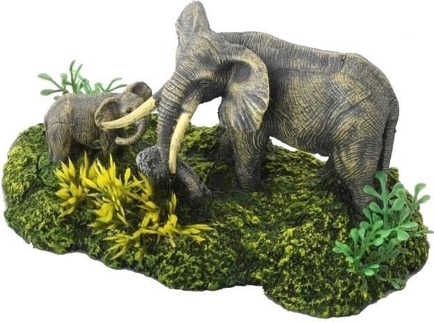 EBI Elefanten mit Pflanzen