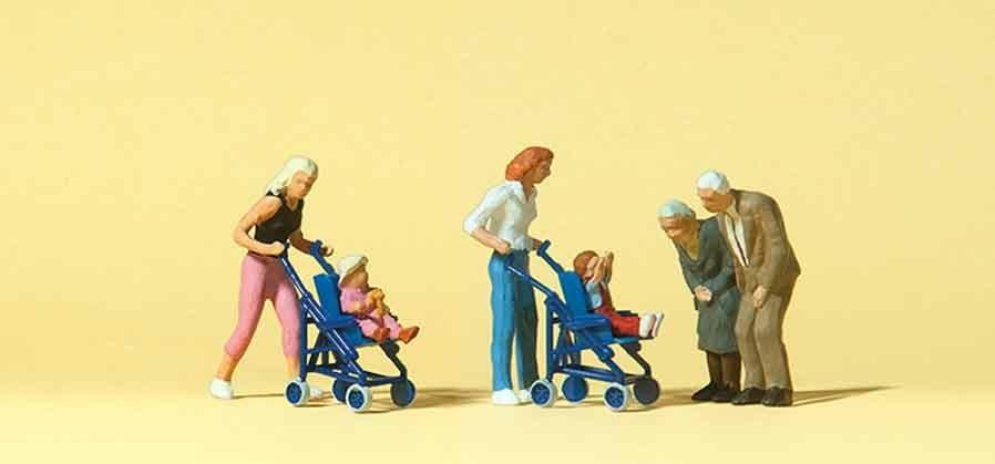 Preiser Mütter Kinder im Kinderwagen (10493)