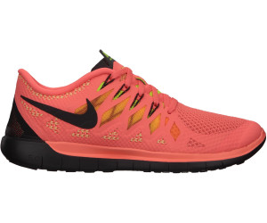 Score 100% The Running Bug. Nike Free ...