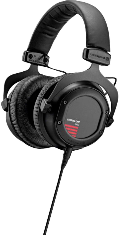 Image of beyerdynamic Custom One Pro Plus (black)