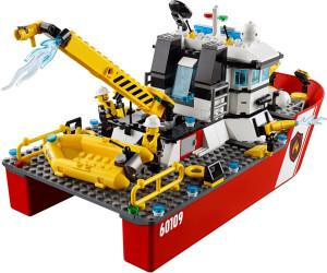 lego city le bateau des pompiers 60109 - Lego City Bateau