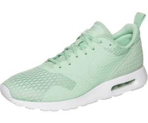 Nike Air Max Tavas SE enamel greensail ab � 59,95