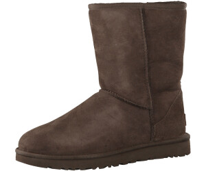 31a40d65ab0 Buy UGG Classic II Short chocolate from £77.88 – Best Deals on ...