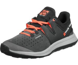 Salewa Wildfire Pro Grau, Hiking- & Approach-Schuh, Größe EU 40 - Farbe Carbon-Green Hiking- & Approach-Schuh, Carbon - Green, Größe 40 - Grau