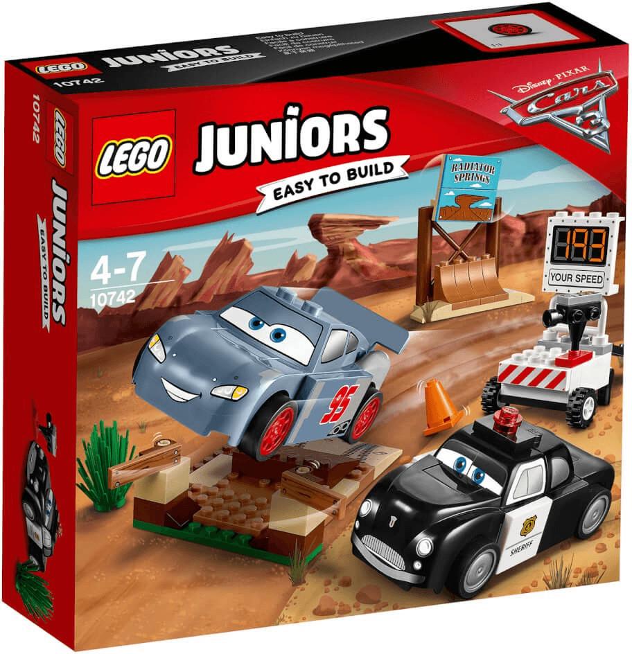 LEGO Juniors Cars - Rasante Trainingsrunden in der Teufelsschanze (10742)