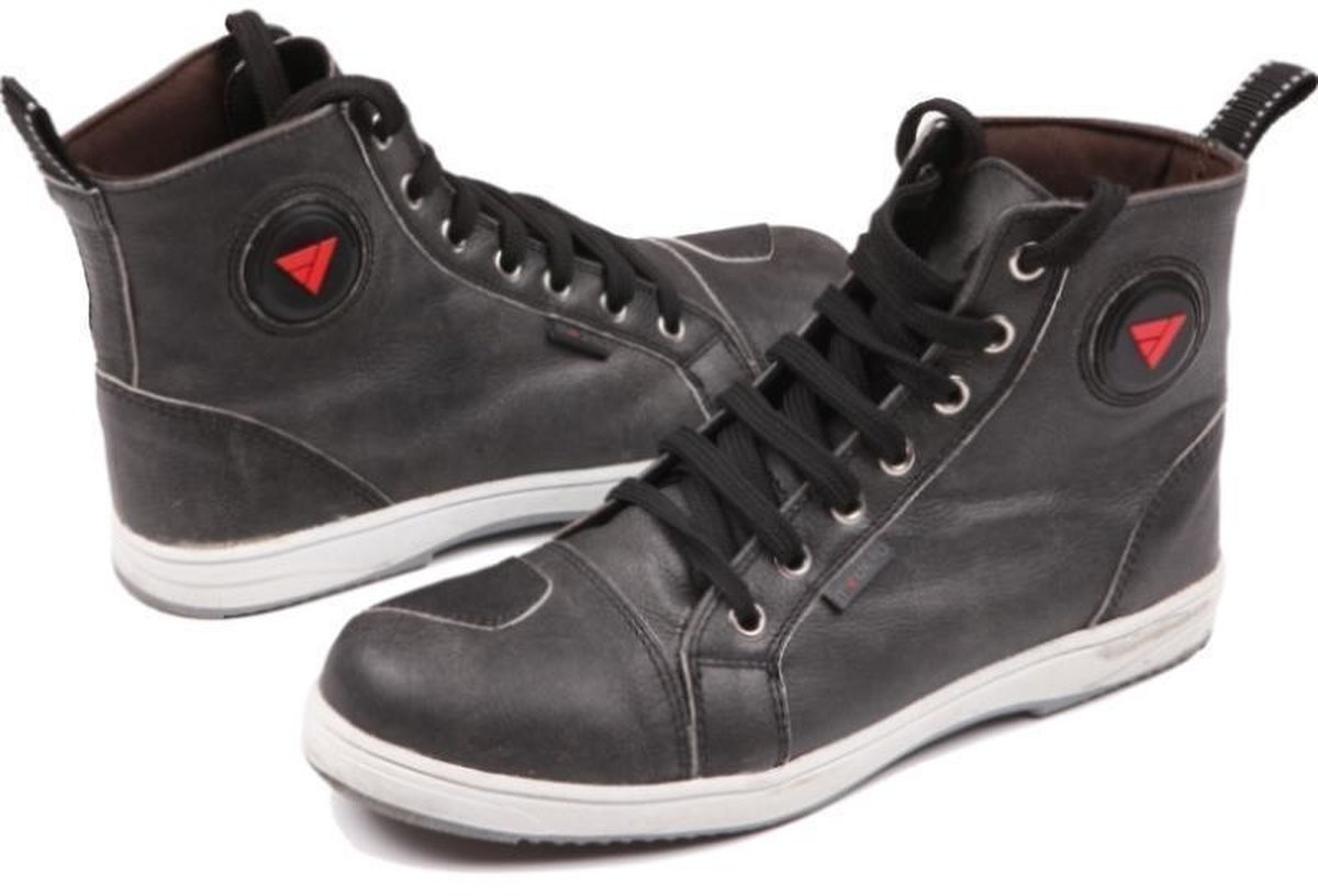 MODEKA Motorradschuhe LANE schwarz Sneaker Leder Verstärkungen Schlaufe Gr 43