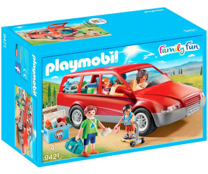 playmobil famille avec voiture 9421 au meilleur prix sur. Black Bedroom Furniture Sets. Home Design Ideas