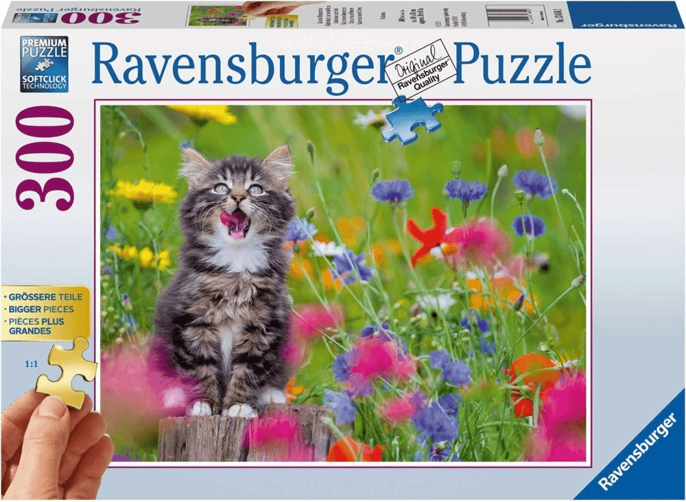 Ravensburger Katze im Blumenmeer