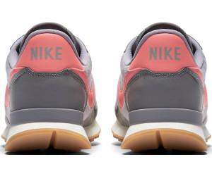 buy popular 6c33e bdb8c Nike Internationalist Wmns. gunsmokesea coral