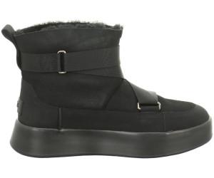 UGG Classic Boom Buckle Boots au meilleur prix sur